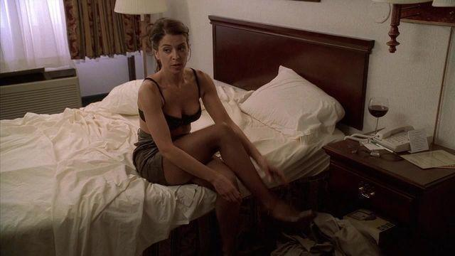 Sexy Annabella Sciorra photo High Definition