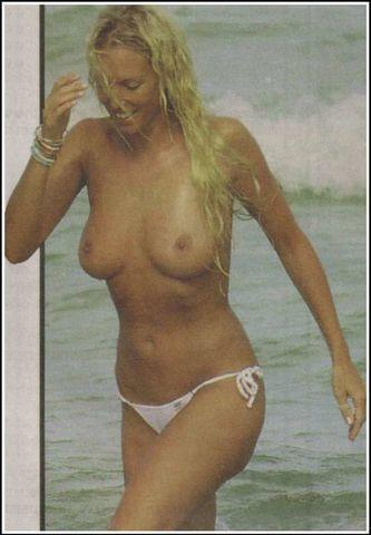 celebritie Annalise Braakensiek 19 years exposed image home