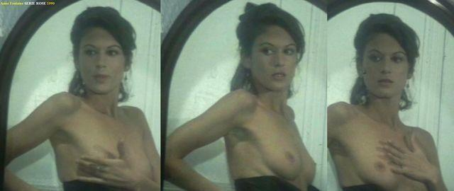 celebritie Anne Fontaine 24 years breasts image in public