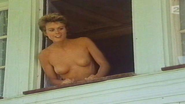 celebritie Anne Richard 24 years k naked photo in public
