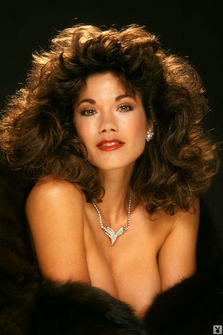 actress Barbi Benton 2015 overt pics beach