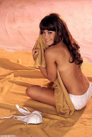 models Barbi Benton 18 years nudity photography in public