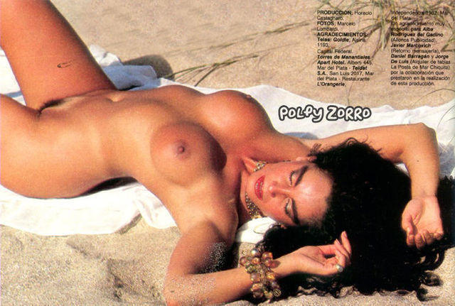 models Beatriz Salomón 24 years indecent photo beach