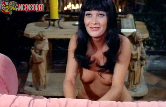 Betty Mars topless foto
