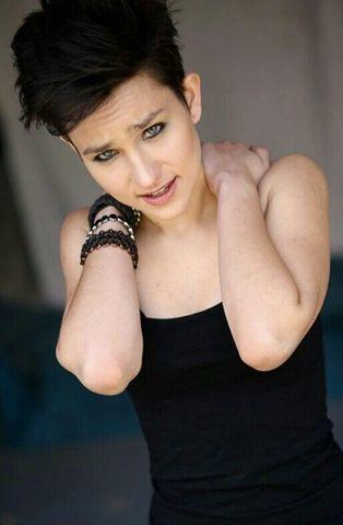 actress Bex Taylor-Klaus young nude art photoshoot in public