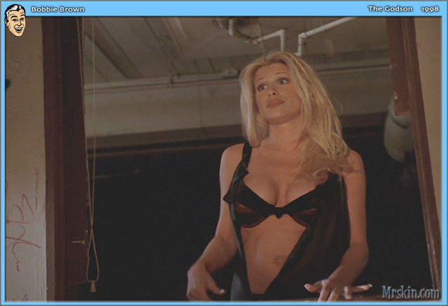 celebritie Bobbie Brown 20 years nudity image beach
