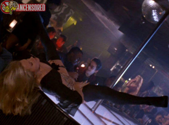 celebritie Brittney Powell young stripped pics in the club