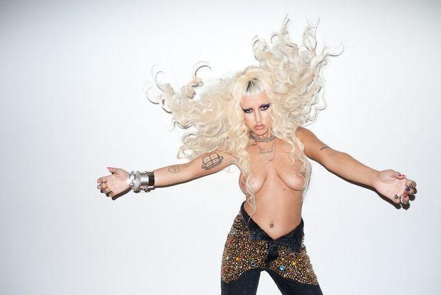 Hot photos Brooke Candy tits