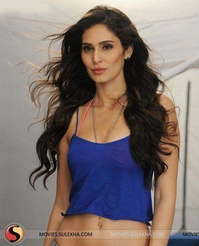 Sexy Bruna Abdullah photos HQ