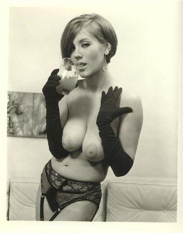actress Candy Earle young arousing image in the club