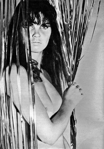 celebritie Caroline Munro 20 years libidinous art beach
