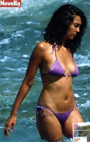 celebritie Caterina Balivo 20 years nude photo home