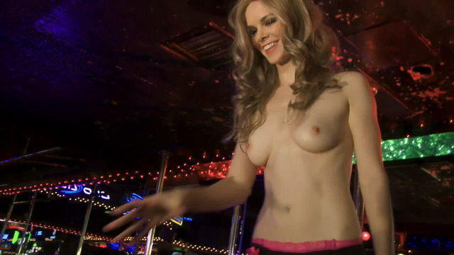 models Catherine Annette 21 years nudism foto in the club