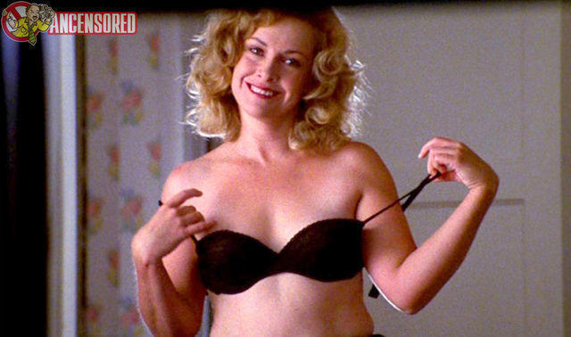 actress Catherine Hicks 21 years naked snapshot in the club
