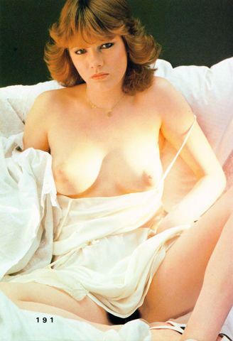 actress Catherine Rivet 21 years Without clothing art beach