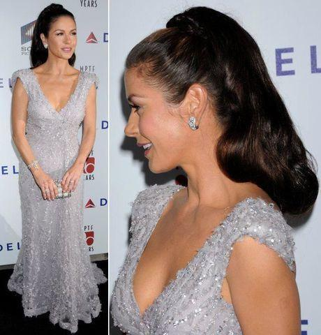 celebritie Catherine Zeta-Jones 18 years arousing art beach