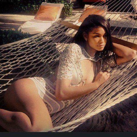 celebritie Chanel Iman 20 years arousing picture home