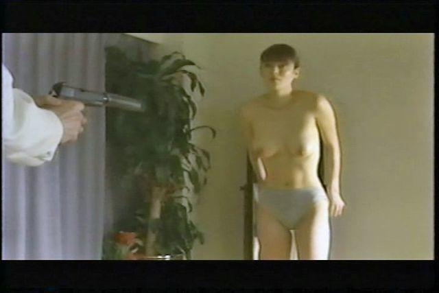 models Chieko Shiratori 21 years unclad snapshot home