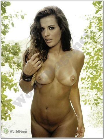 celebritie Christina Dieckmann young natural pics in the club