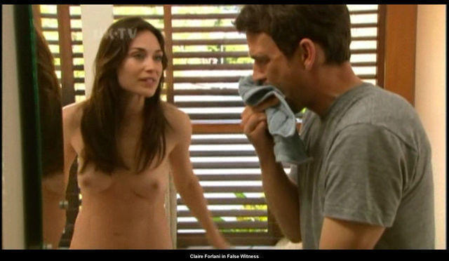 celebritie Claire Forlani 19 years Without camisole art home