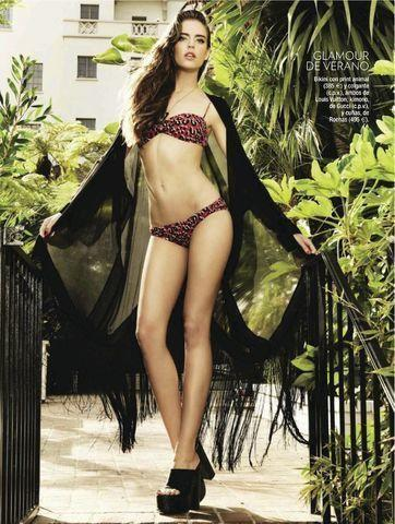 celebritie Clara Alonso 22 years indecent photoshoot in public