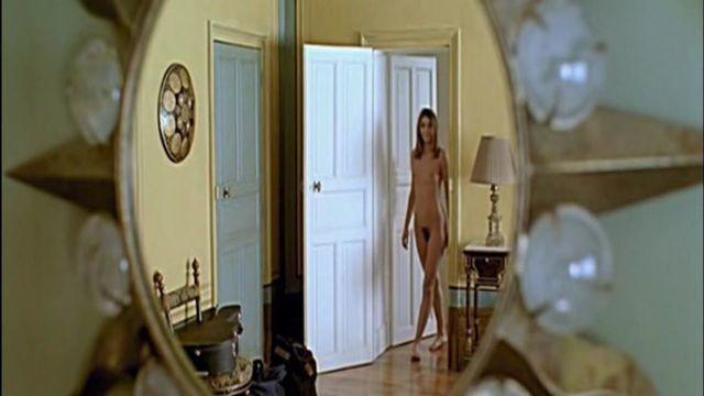 Clotilde Courau topless photo