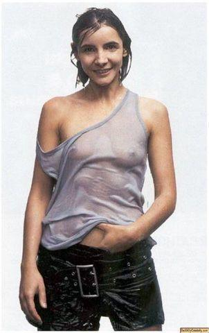 models Clotilde Courau 18 years unsheathed photoshoot in public