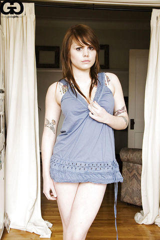 actress Coeur de Pirate 18 years in one's birthday suit photos home