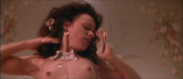 Naked Debi Mazar picture
