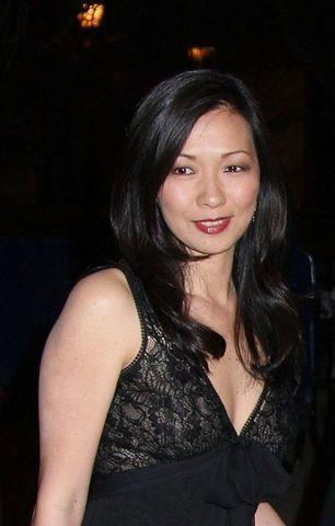 actress Deborah Lin 2015 k naked pics in public
