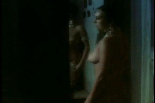 actress Diana Lorys 20 years nude art image in public