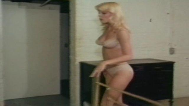 actress Dorothy Stratten 19 years prurient foto in public