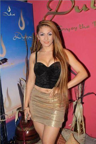 actress Eli Villagra 21 years carnal photo beach