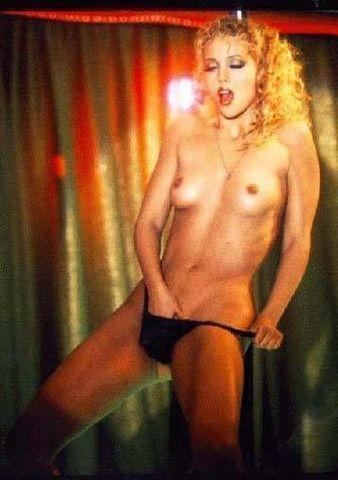 models Elizabeth Berkley 21 years unexpurgated pics beach