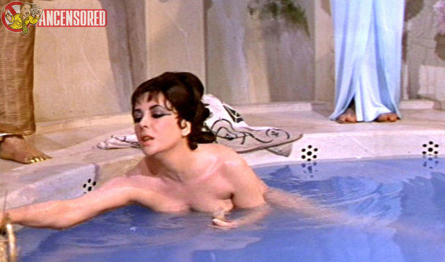actress Elizabeth Taylor 22 years libidinous art in the club
