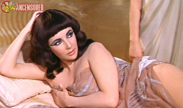 celebritie Elizabeth Taylor 19 years indelicate snapshot home