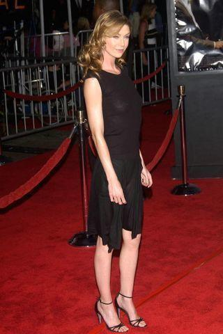 celebritie Ellen Pompeo 23 years provoking photo in public