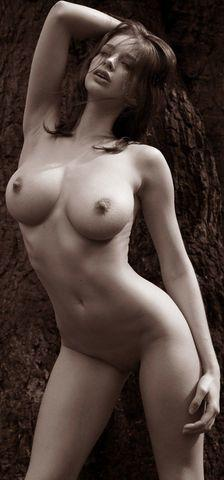 Emily Shaw topless art