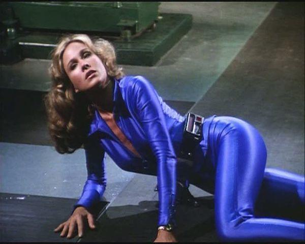 Naked Erin Gray foto