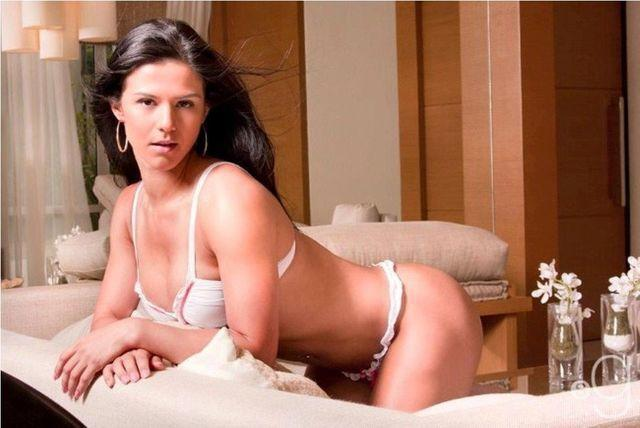 celebritie eva andressa 25 years fleshly photography in public