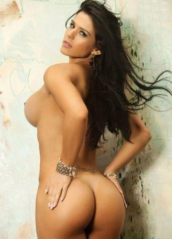 actress eva andressa 19 years bare photos in public