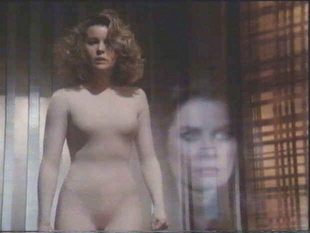 actress Faye Grant 22 years bare-skinned snapshot in public