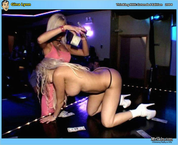 celebritie Gina Lynn 22 years inviting foto in the club