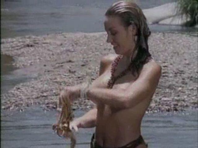 actress Griffin Drew 23 years carnal image beach