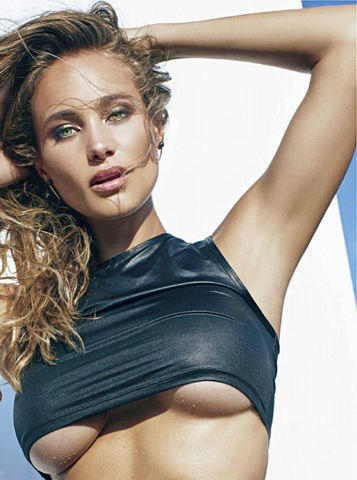 models Hannah Davis 18 years bawdy picture beach