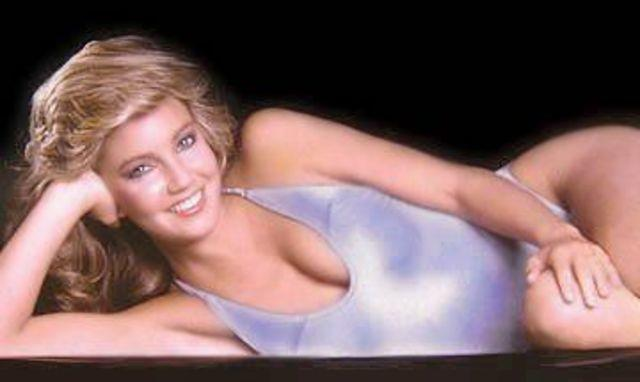 Heather Locklear topless photo