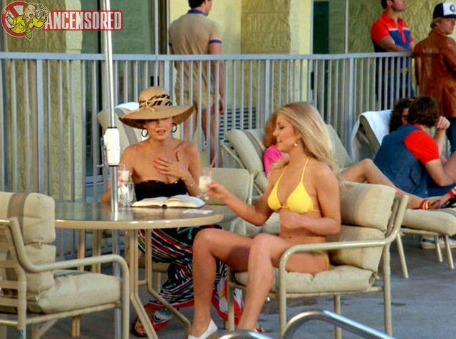 celebritie Heather Thomas 24 years unsheathed snapshot in public