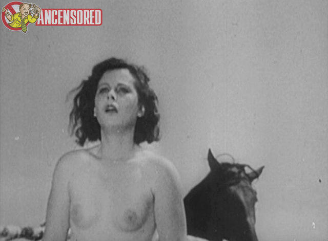actress Hedy Lamarr 19 years raunchy image beach
