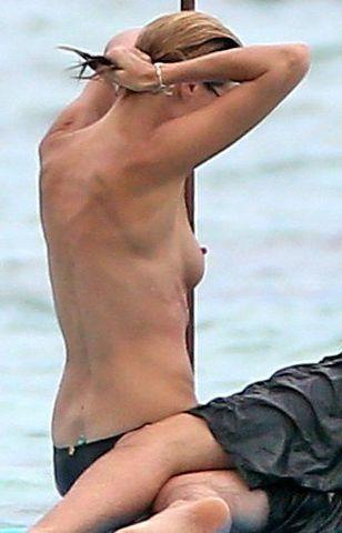 Hot photo Heidi Klum tits