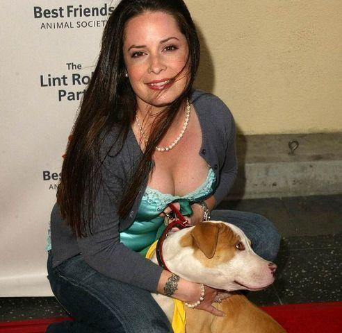 models Holly Marie Combs 23 years impassioned photography in public